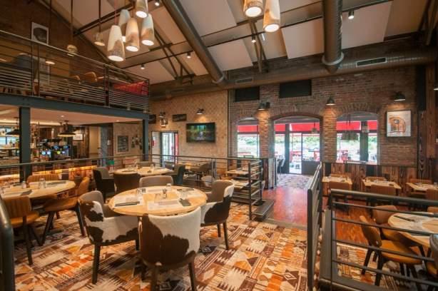 Salle restaurant HippopotamusBest Western Hôtel de La Poste Troyes